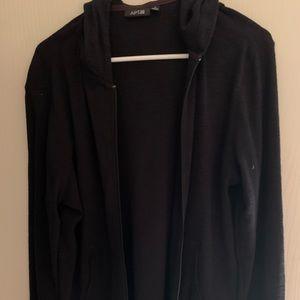 Hooded lightweight woman's jacket